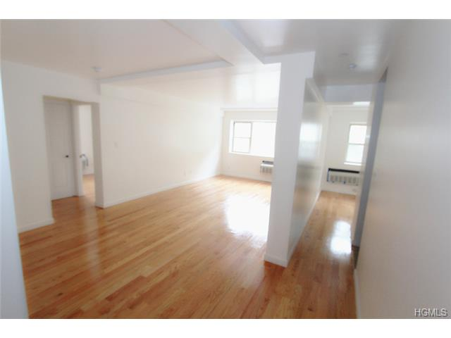 Rental Homes for Rent, ListingId:30119314, location: 100 Caryl Yonkers 10705