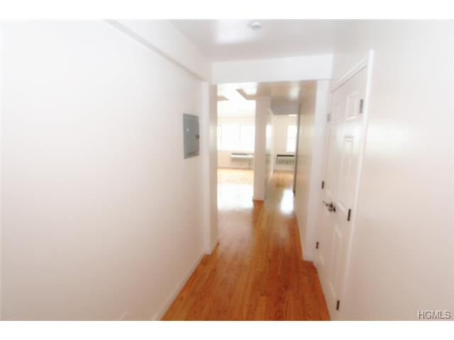 Rental Homes for Rent, ListingId:30119315, location: 100 Caryl Yonkers 10705