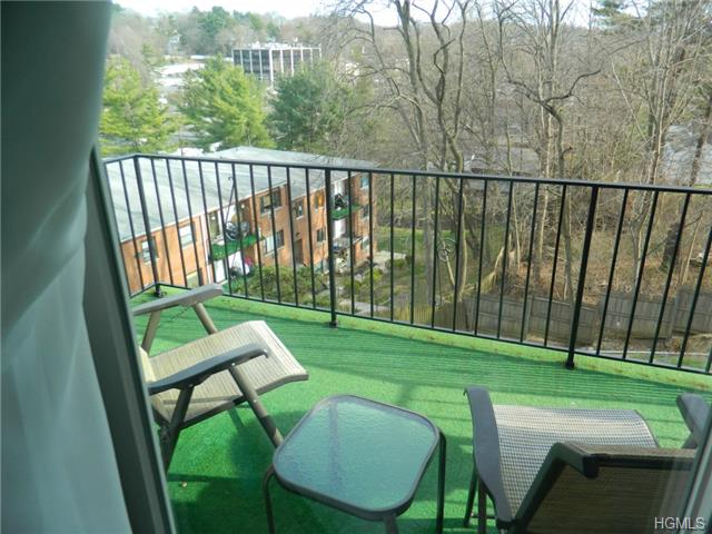 Rental Homes for Rent, ListingId:27677474, location: 26 Fieldstone Drive Hartsdale 10530