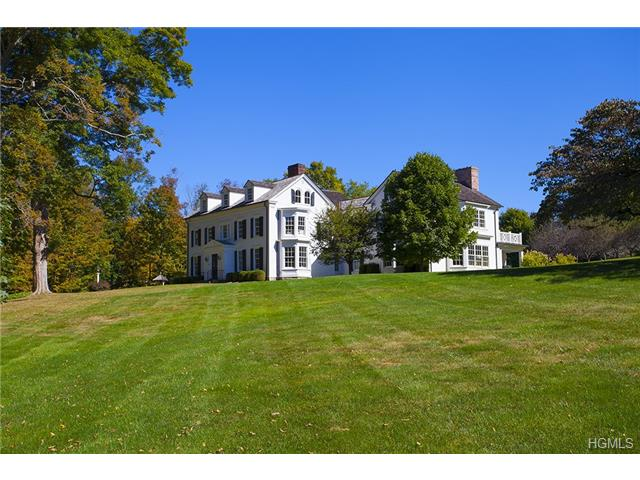 10.06 acres in Katonah, New York
