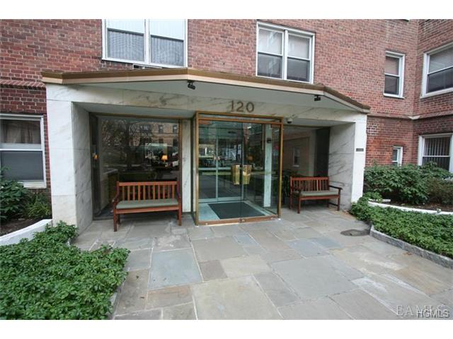 Rental Homes for Rent, ListingId:27689934, location: 120 east hartsdale Avenue Hartsdale 10530