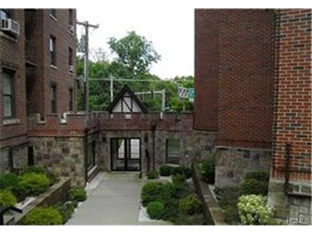 Rental Homes for Rent, ListingId:27746553, location: 1467 Midland Avenue Bronxville 10708