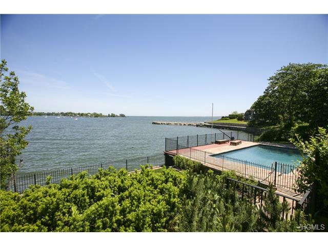 Rental Homes for Rent, ListingId:28043282, location: 21 Echo Bay Drive New Rochelle 10805