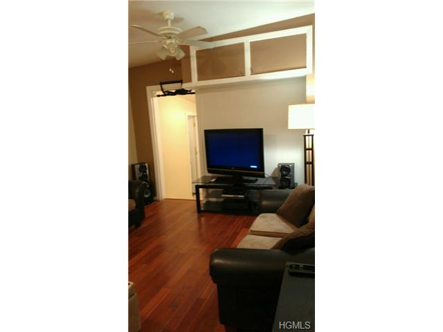 Rental Homes for Rent, ListingId:28123490, location: 2268 Homer Avenue Bronx 10473