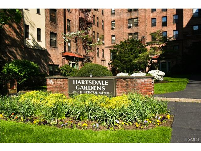 Rental Homes for Rent, ListingId:28173030, location: 27 North Central Avenue Hartsdale 10530