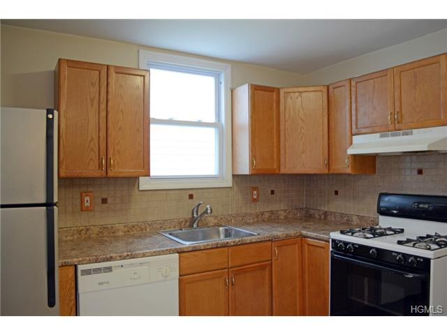 Rental Homes for Rent, ListingId:28224493, location: 1030 Throggs Neck Expressway Bronx 10465