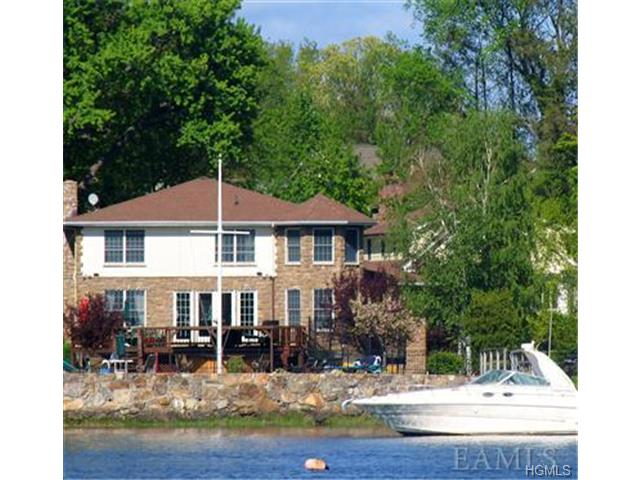 Rental Homes for Rent, ListingId:28594647, location: 520 Shore Acres Drive Mamaroneck 10543