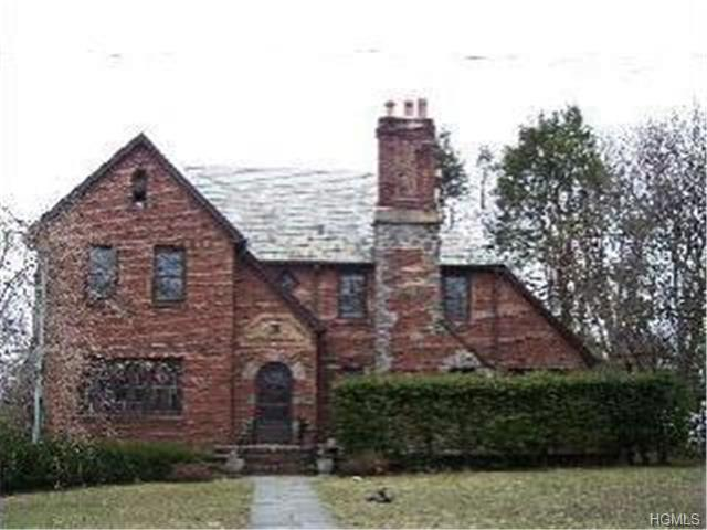 Rental Homes for Rent, ListingId:29611336, location: 35 Broadfield Road New Rochelle 10804