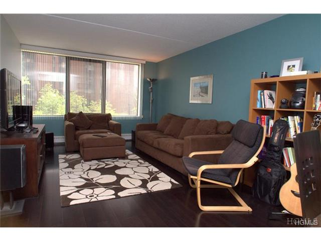 Rental Homes for Rent, ListingId:28683011, location: 4 Martine Avenue White Plains 10606