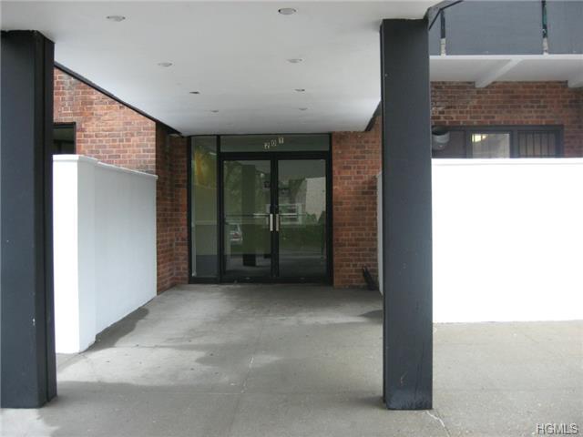 Rental Homes for Rent, ListingId:28689639, location: 201 Ravine Avenue Yonkers 10701