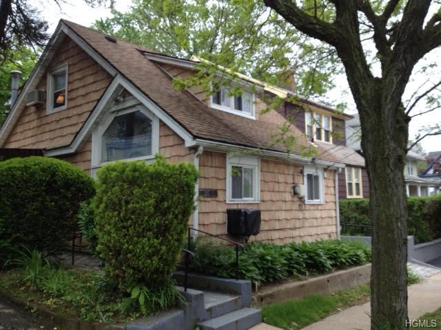Rental Homes for Rent, ListingId:28710931, location: 57 Clove Road New Rochelle 10801