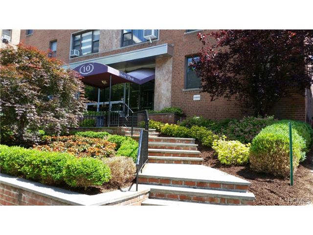 Rental Homes for Rent, ListingId:28776841, location: 10 North Broadway White Plains 10601