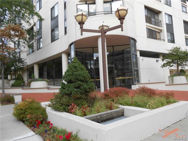 Rental Homes for Rent, ListingId:29002545, location: 10 Cottage Place White Plains 10601