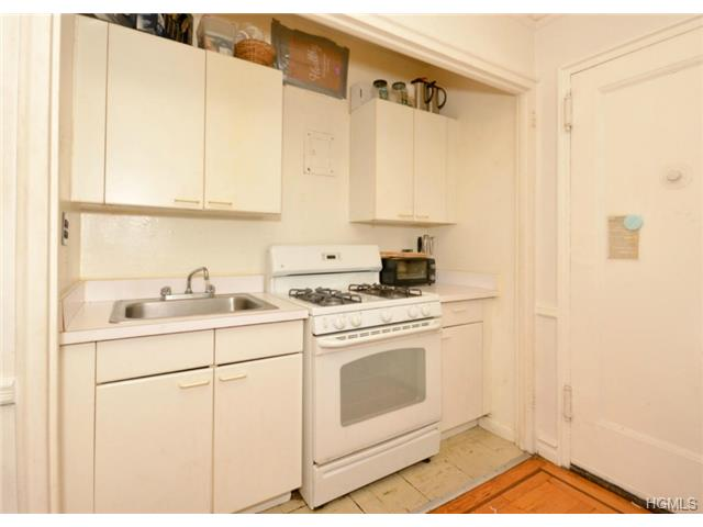 860 Grand Concourse # UNIT: 7G, New York, NY 10451