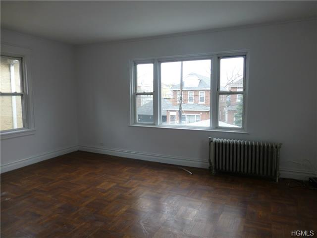 Rental Homes for Rent, ListingId:29075511, location: 2031 Lurting Avenue Bronx 10461