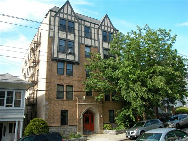 Rental Homes for Rent, ListingId:29180685, location: 37 Hamilton Place Tarrytown 10591