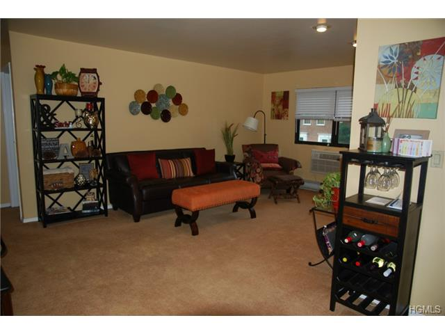Rental Homes for Rent, ListingId:29161480, location: 51 Fieldstone Drive Hartsdale 10530