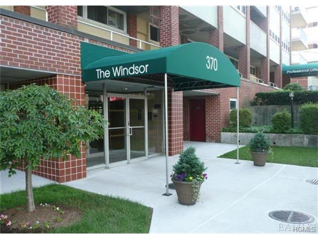 Rental Homes for Rent, ListingId:29299251, location: 370 Westchester Avenue Pt Chester 10573