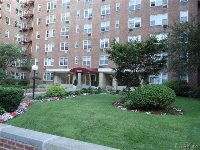 Rental Homes for Rent, ListingId:29314166, location: 1 Sadore Lane Yonkers 10710