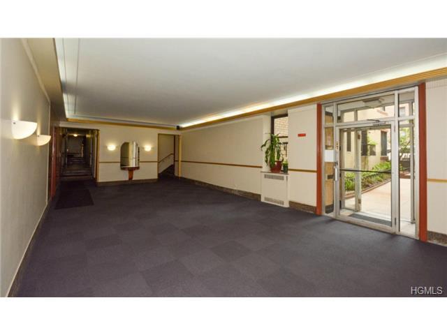 Rental Homes for Rent, ListingId:29370865, location: 860 Grand Concourse Bronx 10451