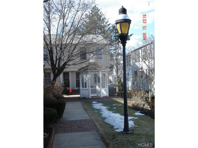 Rental Homes for Rent, ListingId:29536578, location: 17 Washington Mews Pt Chester 10573