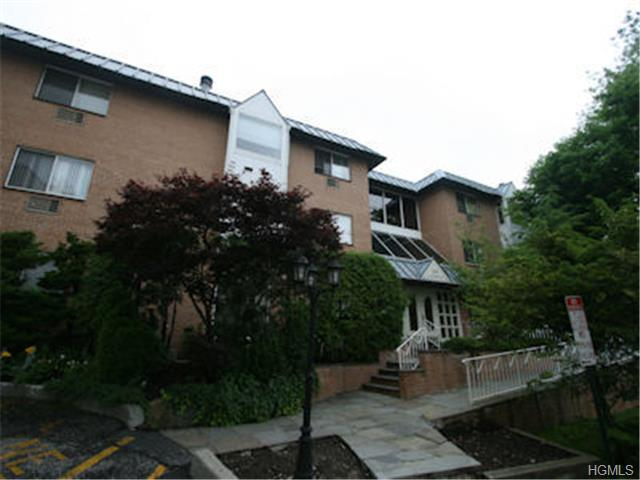Rental Homes for Rent, ListingId:29537934, location: 300 Livingston Avenue Mamaroneck 10543