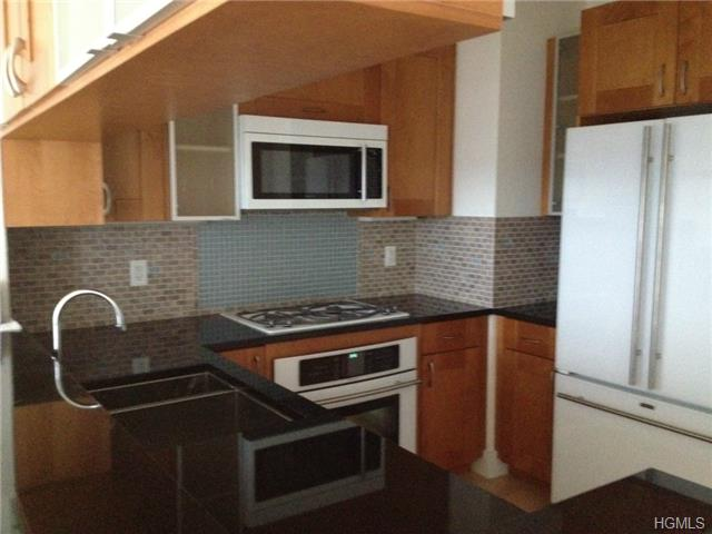Rental Homes for Rent, ListingId:29576513, location: 175 Huguenot Street New Rochelle 10801