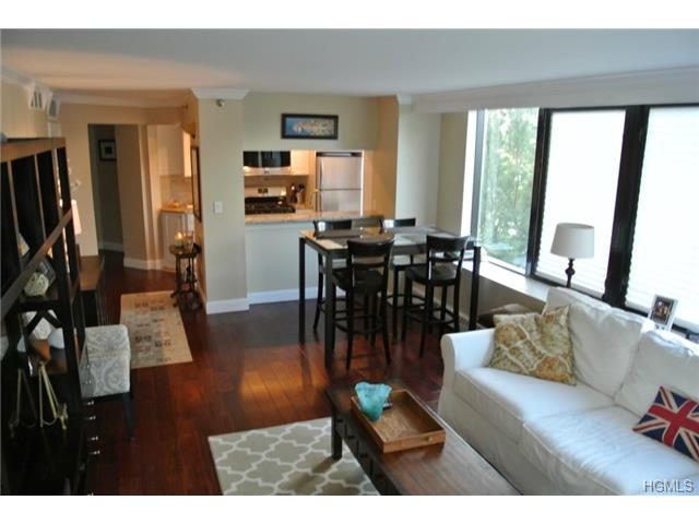 Rental Homes for Rent, ListingId:29626245, location: 4 Martine Avenue White Plains 10606