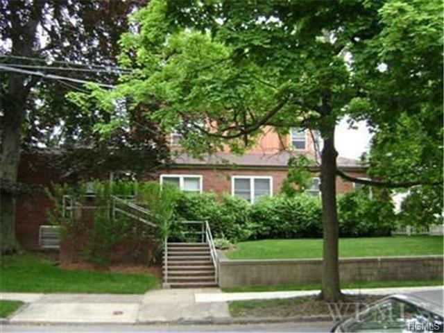 Rental Homes for Rent, ListingId:29659345, location: 23 Parkview Avenue New Rochelle 10805