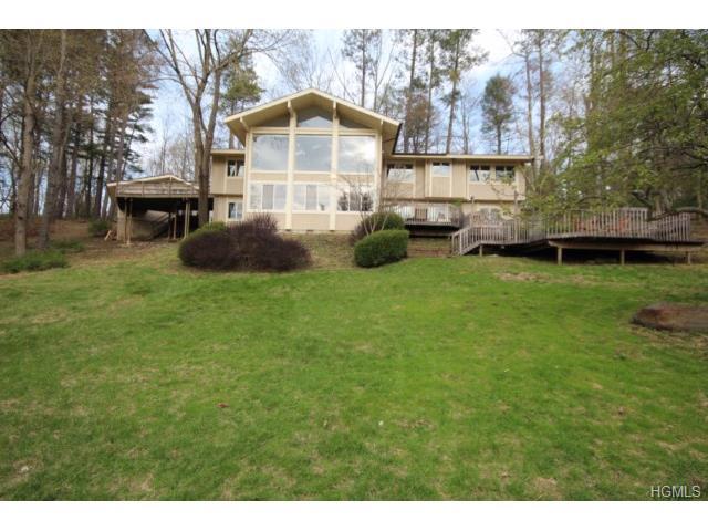 Rental Homes for Rent, ListingId:29643218, location: 30 Roseholm Place Mt Kisco 10549