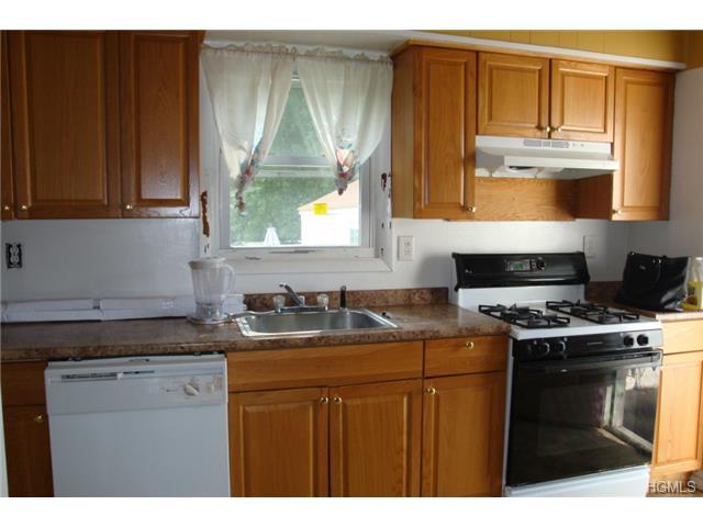 Rental Homes for Rent, ListingId:29753189, location: 135 Ramapo Road Garnerville 10923
