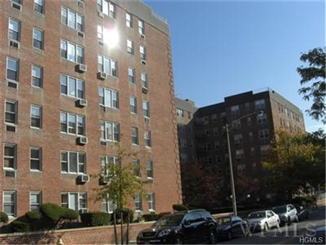 Rental Homes for Rent, ListingId:29814584, location: 5 Sadore Yonkers 10710