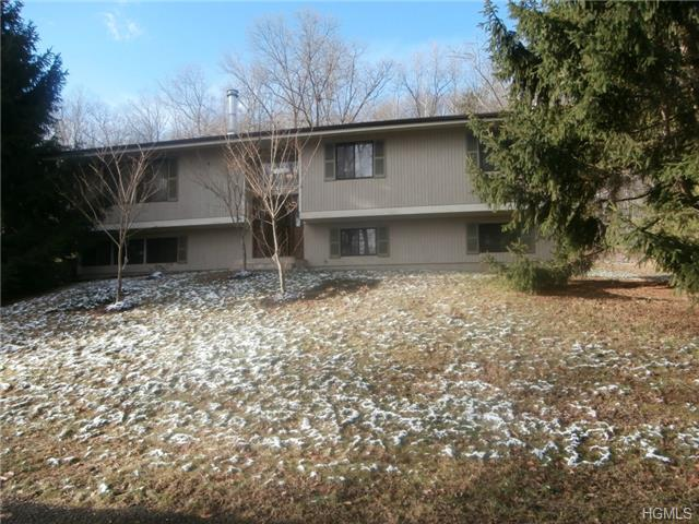 Rental Homes for Rent, ListingId:29872320, location: 6 Colline Drive Suffern 10901