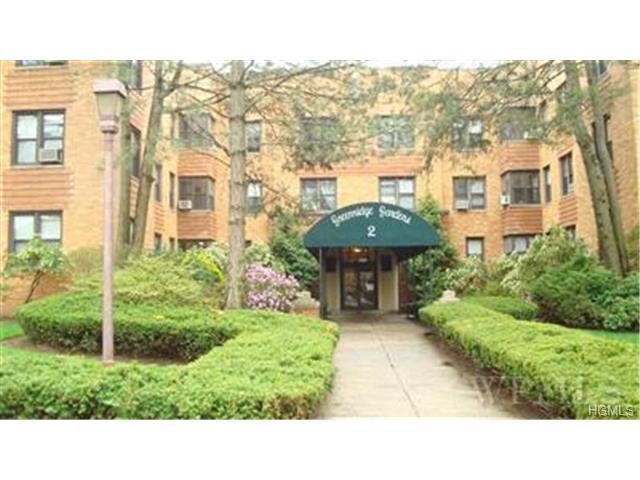 Rental Homes for Rent, ListingId:29872313, location: 2 Greenridge Avenue White Plains 10605