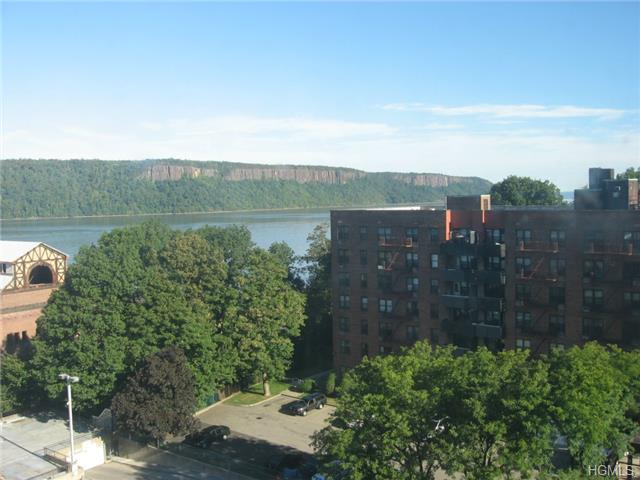 Rental Homes for Rent, ListingId:29888808, location: 1 Glenwood Avenue Yonkers 10701