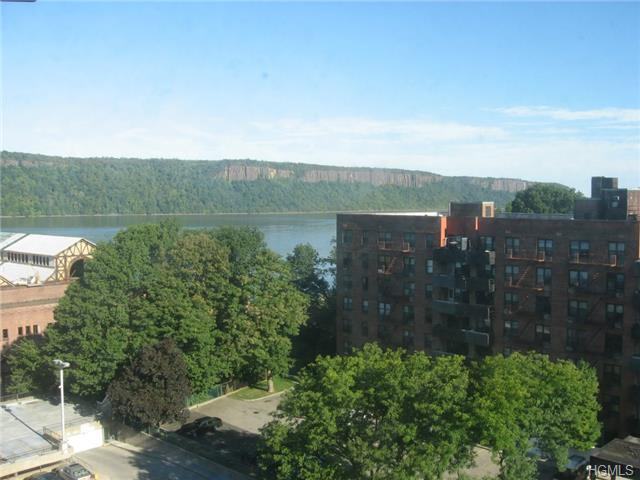 Rental Homes for Rent, ListingId:29888809, location: 1 Glenwood Avenue Yonkers 10701