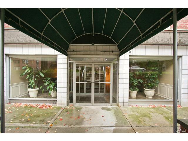 Rental Homes for Rent, ListingId:29932169, location: 16 Lake Street White Plains 10603