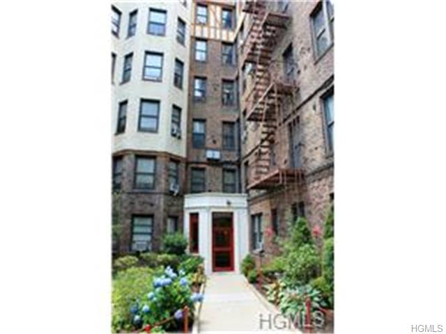 Rental Homes for Rent, ListingId:29990035, location: 764 Brady Court Bronx 10462