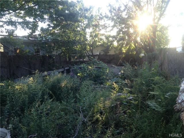 909 Harding Park, Bronx, NY 10473