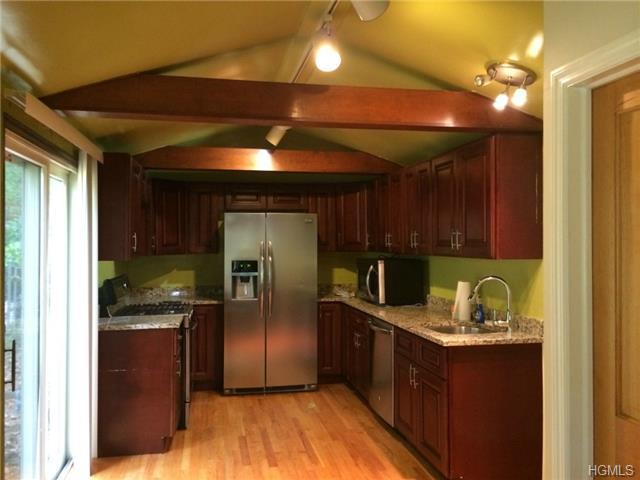 Rental Homes for Rent, ListingId:30101460, location: 79 Locust Avenue Cortlandt Manor 10567