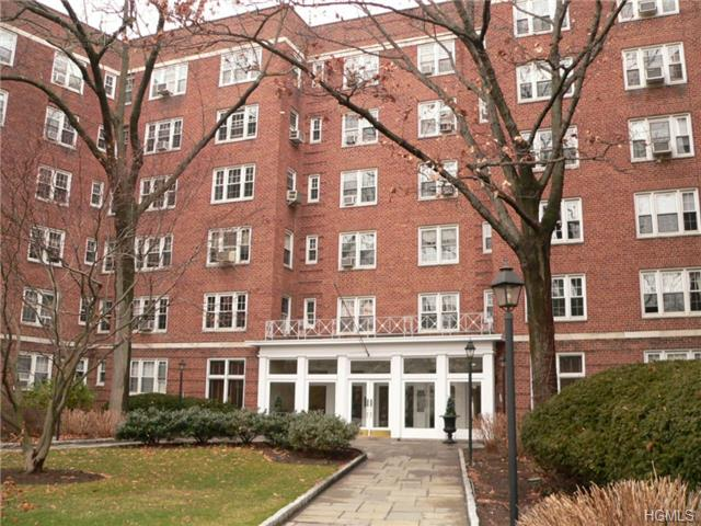 Rental Homes for Rent, ListingId:30109751, location: 949 Palmer Road Bronxville 10708