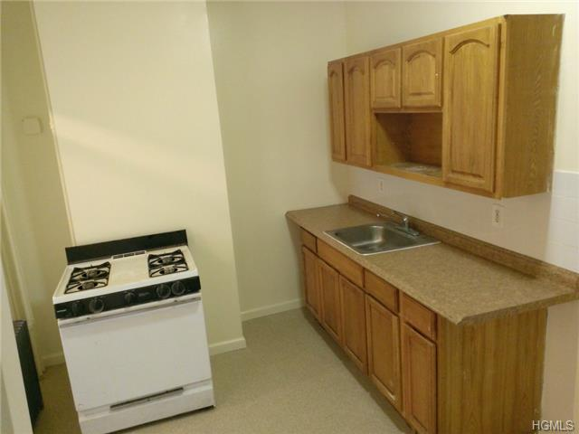 Rental Homes for Rent, ListingId:30161763, location: 139 Beech Street Yonkers 10701