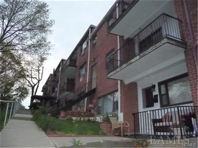 Rental Homes for Rent, ListingId:30142321, location: 30 Fieldstone Drive Hartsdale 10530