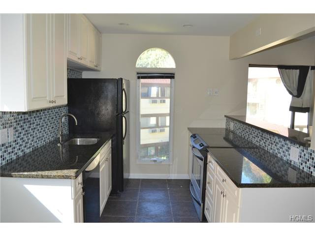Rental Homes for Rent, ListingId:30161760, location: 12 Granada Crescent White Plains 10603
