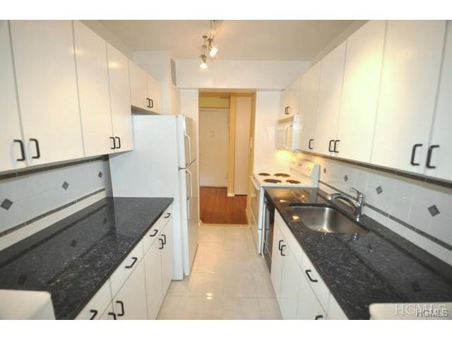 Rental Homes for Rent, ListingId:30175835, location: 45 East Hartsdale Avenue Hartsdale 10530