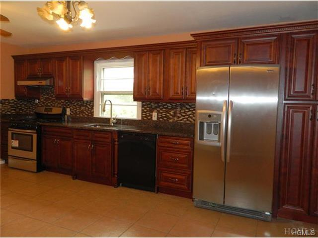 Rental Homes for Rent, ListingId:30195624, location: 225 Trenchard Street Yonkers 10704