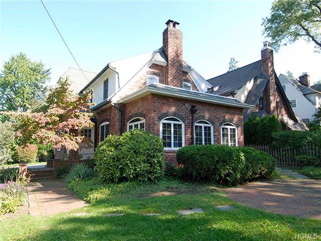 Rental Homes for Rent, ListingId:30214458, location: 21 Forest Park Avenue Larchmont 10538