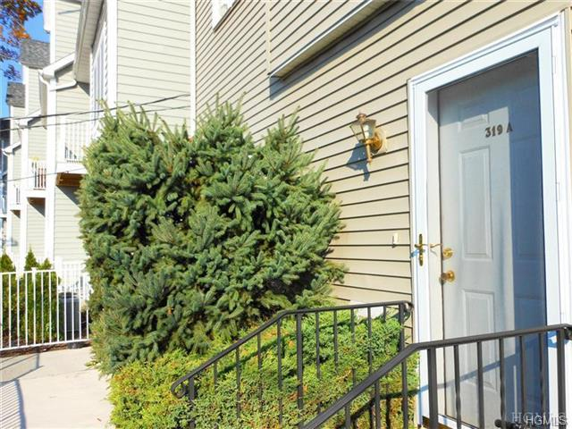 Rental Homes for Rent, ListingId:30429511, location: 319 A West Post Road White Plains 10606
