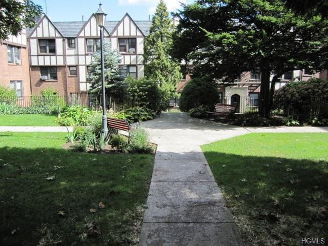 Rental Homes for Rent, ListingId:30337777, location: 1 Greenridge Avenue White Plains 10605