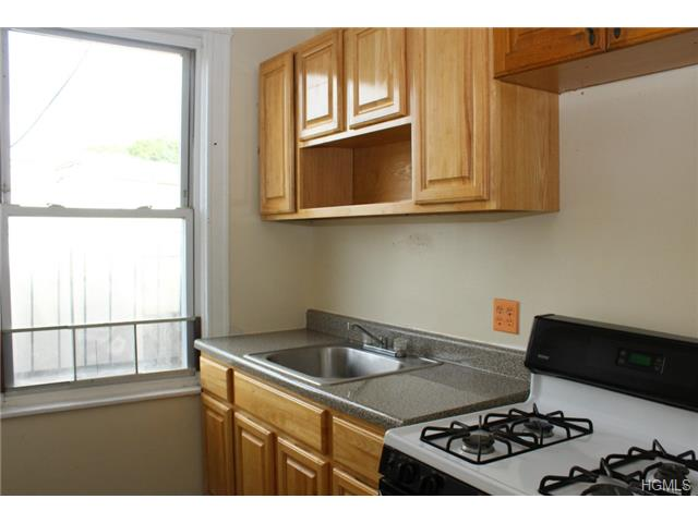 Rental Homes for Rent, ListingId:30337897, location: 249 Mclean Ave Yonkers 10705